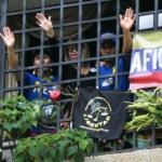 """Estudiantes visitan a Afiuni y exigen su libertad plena. Para los estudiantes Afiuni simboliza """"valentía""""."""