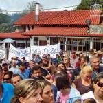 Lis habitantes cerraron las vías de acceso para protestar contra el auge de la delincuencia y el mal estado de las vías.