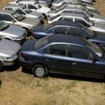 """Una comisión del Indepabis, mediante un procedimiento administrativo, encontró 14 vehículos cero kilómetros que se mantenían """"reservados""""."""