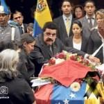 Como todo en la revolución, el imperativo político se impuso sobre la vida de Chávez.