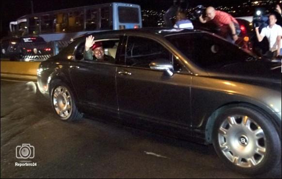 El vehículo Bentley blindado, en que se desplazó Hugo Chávez Frías para bajar a La Guaira con destino a La Habana, es muy parecido a uno que se confiscó y que era propiedad de Walid Makled. ¿Coincidencia?.
