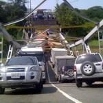Este martes el puente Boca de Uchire ubicado en la Troncal 9, que une a los estados Anzoátegui y Miranda, se cayó, el paso se encuentra completamente cerrado.