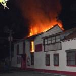 Incendian Alcaldía de Sosa en Barinas en rechazo a resultado del 8-D.