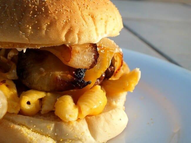 mac and cheeseburger