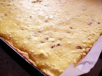 Preparare Prajitura cu branza dulce si stafide 7