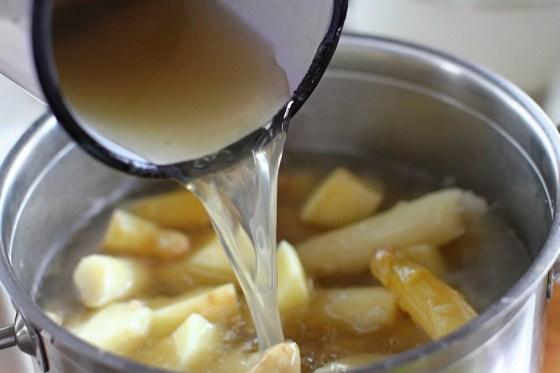 preparare crema de sparanghel alb 3