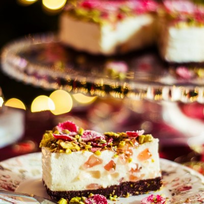 Oaspeti in bucatarie: Bianca Lontras – Turkish Delight Cheesecake