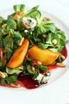 salata cu mere caramelizate, sfecla si roquefort 1