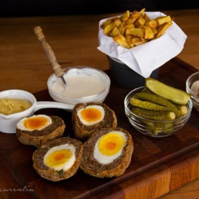 Chiftele umplute cu oua – Scotch Eggs