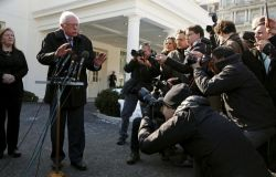 bernie_sanders_at_white_house