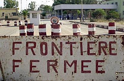 AP_Ebola_fermeture-de-frontière
