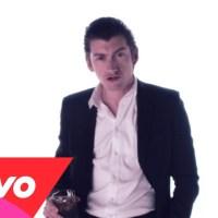 Video: Vertigo by Mini Mansions (feat. Alex Turner) -- (Show TONIGHT w/ Tame Impala)