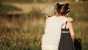 A amizade entre primos carrega uma história que o tempo e a distância não conseguem apagar