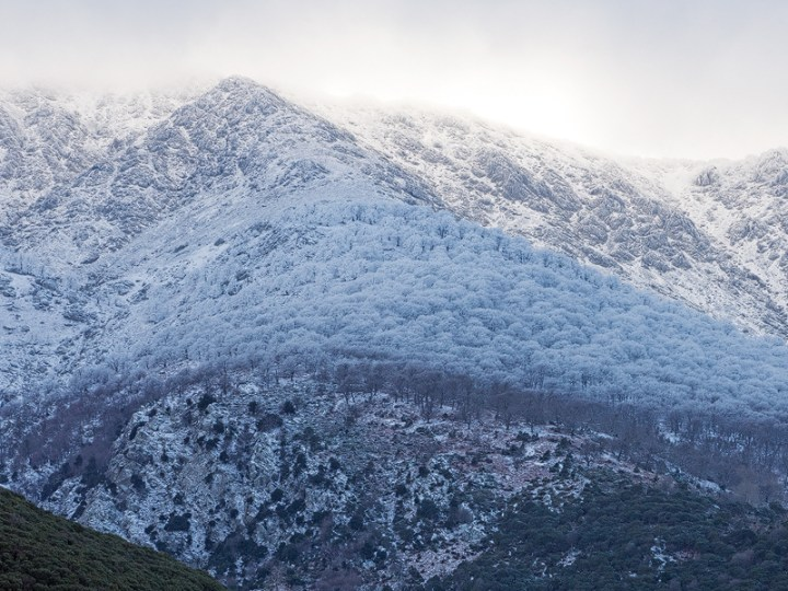 Frost and snow on Samothraki, from the north coast road, 20/1/16.