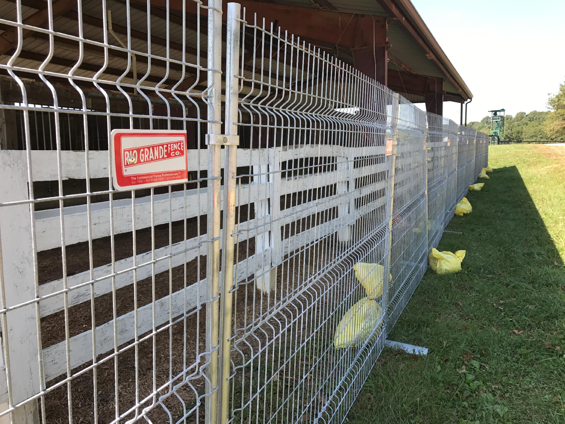 Comely Welded Wire Fence Panels Rental Fencing Bowling Green Murfreesboro Tn Rio Welded Wire Fence 6 Ft Welded Wire Fence Installation houzz-02 Welded Wire Fence