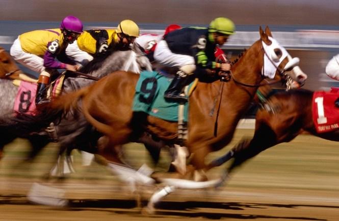 Horse-Racing-01