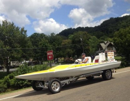 How many time we gotta say it... don't make your boat into a car.