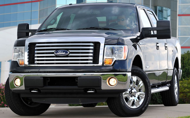rides cars ford f-150 2011 xlt