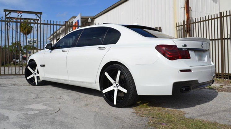 #rides-white-bmw-7-series-xo-wheels-featured