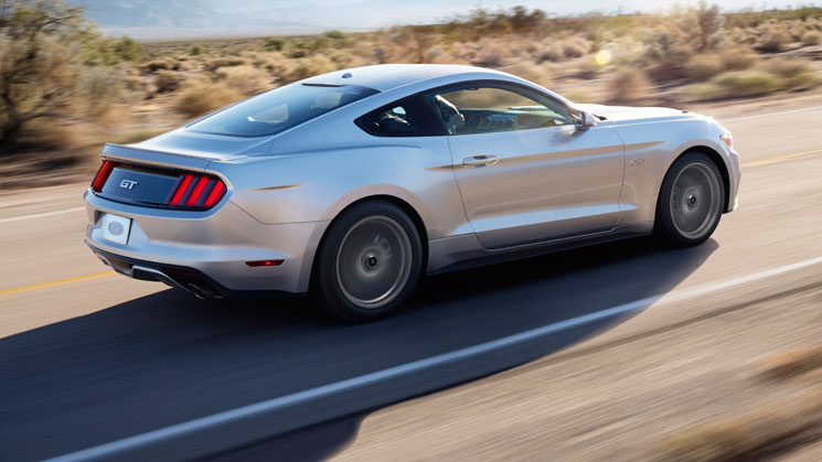 2015 ford mustang gt rides magazine