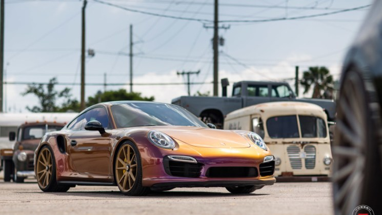 DipYourCar.com-Porsche-991-911-Turbo-Vossen-Forged-VPS-301-Centerlock-Wheels-©-Vossen-Wheels-2016-1003-840x560
