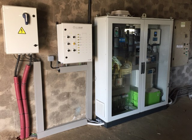 Cuadros electricos de control bombeo solar Villalonso Zamora