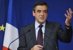 1611025_3_c22b_le-premier-ministre-francois-fillon-le-29