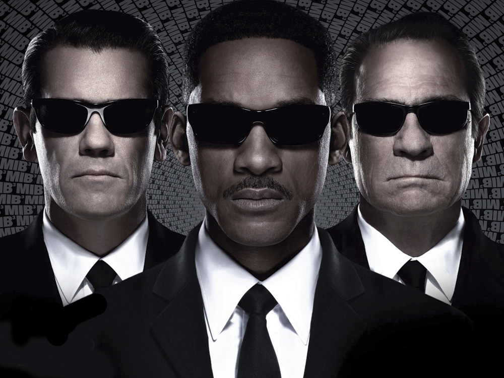 Will Smith and Josh Brolin of Men In Black 3   Risen Magazine Will Smith and Josh Brolin of Men In Black 3
