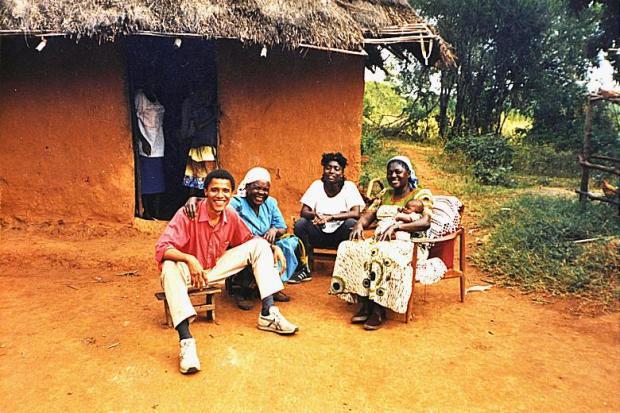 obama-in-kenya-e1418250059937