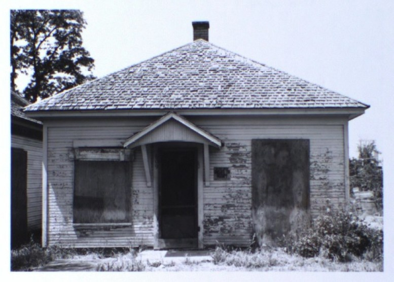 609 Ash Street, front elevation (1981)