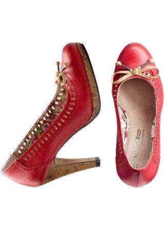 أحذية حمراء 2013