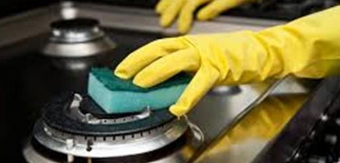 كيفية تنظيف الفرن بمواد طبيعيه؟