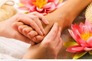 وصفات للعناية ببشرتكِ مجربة من صنع الزهور