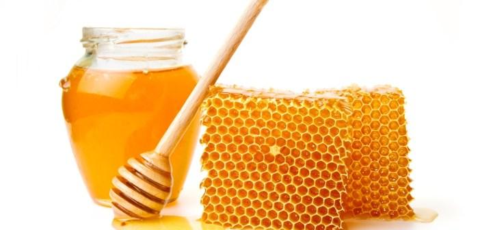 احصلي على شعر صحي مع ماسك العسل