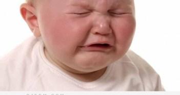 اليك بعض الحلول لبكاء طفلك