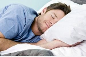 اصنعي بنفسك عطر النوم الذي يساعدك على الاسترخاء والنوم