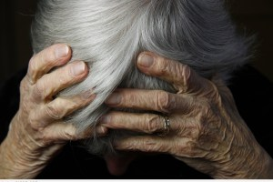 4 طرق تقلل من خطر الإصابة بالخرف