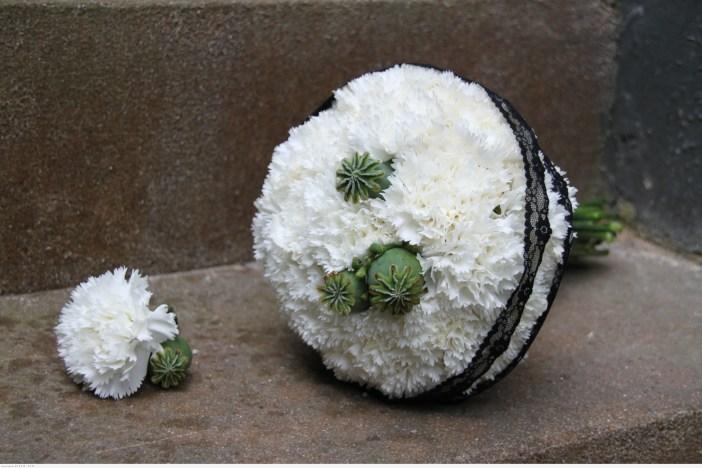 مسكات زهور بيضاء 2015