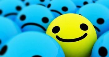 اطعمة تحارب الاكتئاب - اهم الاطعمة التي تشعرك بالسعادة