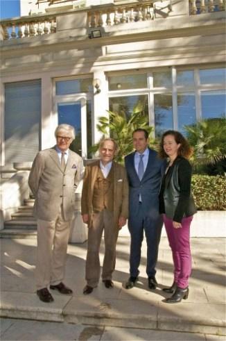 Gérard Detaille, adjoint à la culture, Marc Stammegna, galeriste, Yves Moraine, maire des 6/8, et Sophie Sumeire, vigneronne © Robert Tomassian