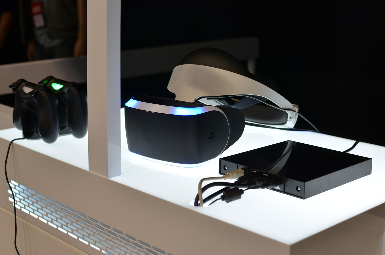 sony-ps4-vr-headset-project-morpheus-hands-on-gdc-2014.jpg