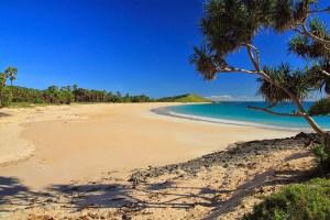 Beautiful Oetefu Beach with Liman Hill at the far end, Semau Island