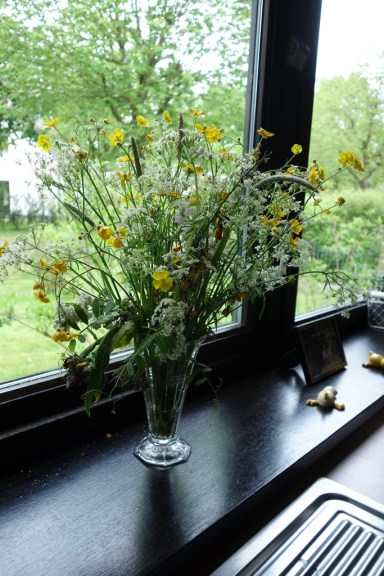 A small bouquet of wildflowers for Mother's Day
