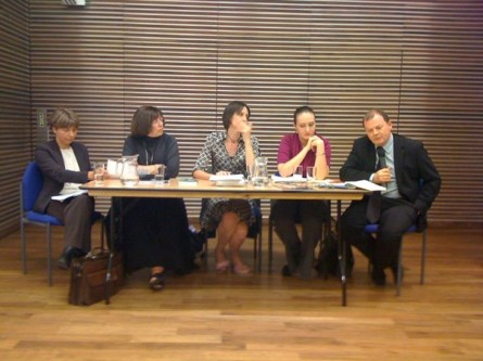 Manana Aslamazyan, Jo Glanville, Nina Ognianova and Richard Sambrook discuss the report.  Photo by englishpen on twitter