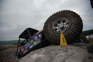 2010 10 RacelineRock 300x199 Raceline Wheels Rock Crawl Across the Nation