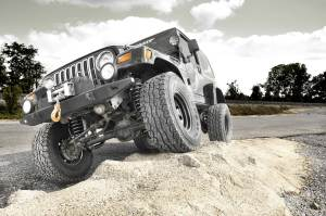RoughCountryTJ N2 2 300x199 PERFECTLY BALANCED: NEW 4 N2 SERIES TJ KIT DOMINATES ON AND OFF ROAD
