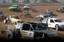 Arizona Regional 2 220x146 Lucas Oil Off Road Regional Series Arizona Tail Gate Party