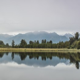 Lake Matheson. This lake should be famous for its incredible refelctions but unfortunately it started to rain.