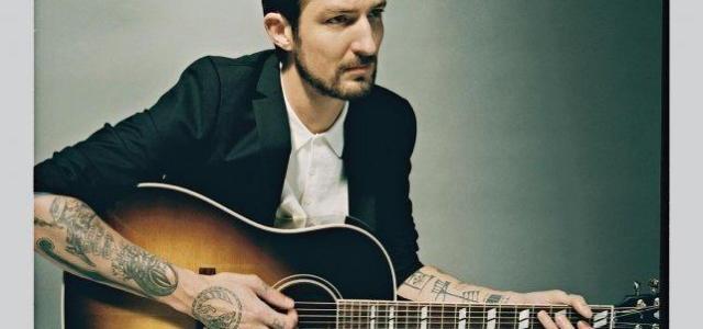 V Slovenijo se vrača Frank Turner, ki je preteklo poletje ponovno navdušil s povsem svežim, šestim albumom Positive Songs for Negative People.