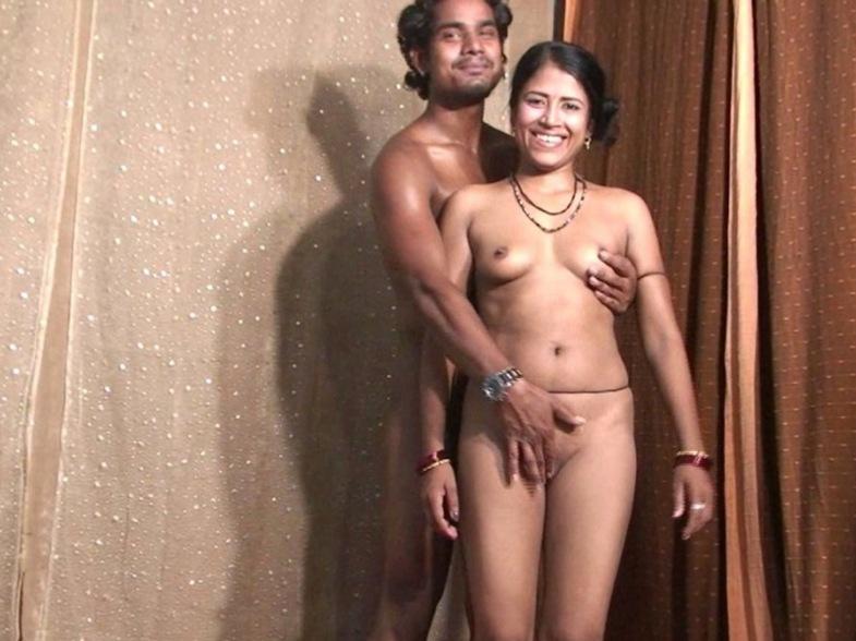 nude bollywood dancers